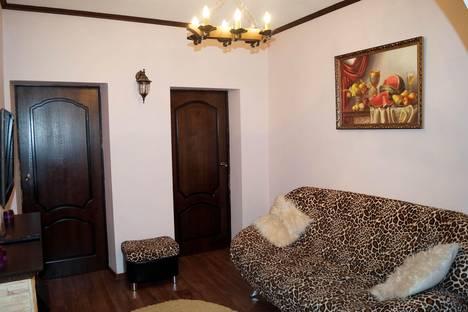 Сдается 3-комнатная квартира посуточно в Салехарде, ул. Павлова, 23.