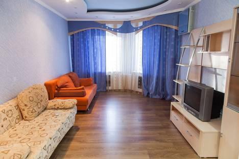 Сдается 2-комнатная квартира посуточнов Нижневартовске, Интернациональная 39.