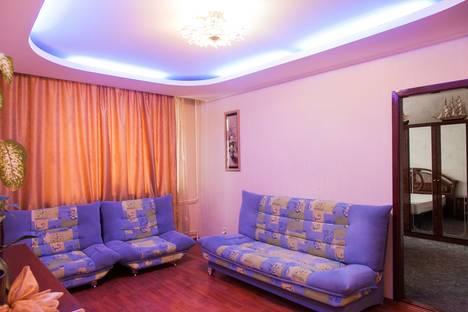 Сдается 2-комнатная квартира посуточнов Нижневартовске, ул Мира 60/4.