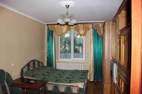 Сдается 2-комнатная квартира посуточнов Воронеже, ул. марата, 24.
