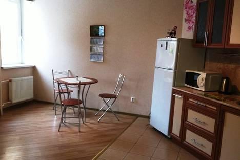 Сдается 1-комнатная квартира посуточнов Санкт-Петербурге, пр. Энгельса, 136.
