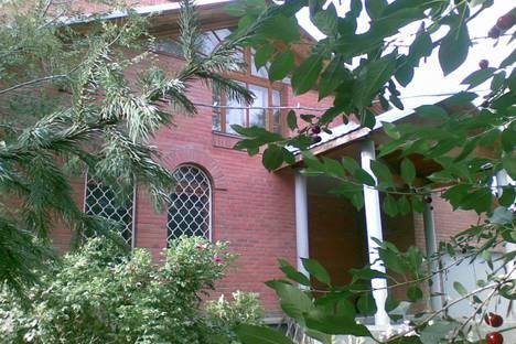 Сдается коттедж посуточно в Новосибирске, ул.Немировича-Данченко №11.