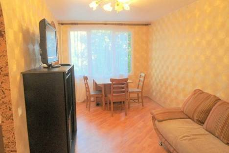 Сдается 2-комнатная квартира посуточнов Чебоксарах, проспект Мира 98.