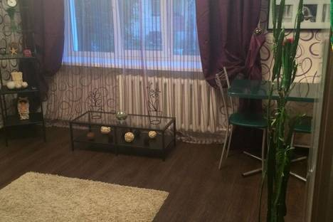 Сдается 2-комнатная квартира посуточно в Дзержинске, Грибоедова 34.