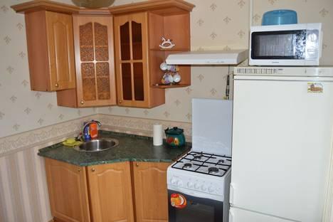 Сдается 2-комнатная квартира посуточнов Балакове, Факел Социализма 2а.