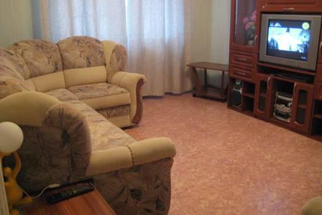 Сдается 2-комнатная квартира посуточно в Астрахани, ул. Боевая дом 36/1.