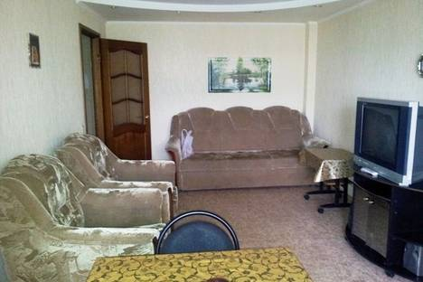 Сдается 2-комнатная квартира посуточно в Астрахани, савушкина 46.