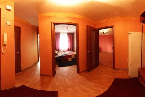 Сдается 2-комнатная квартира посуточно в Казани, Садыковой 7.