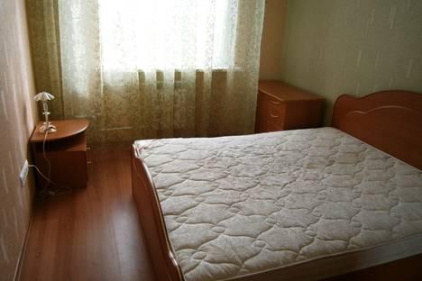 Сдается 2-комнатная квартира посуточно, Университетская 21.