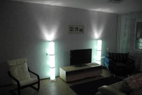 Сдается 1-комнатная квартира посуточнов Омске, Химиков 6а.