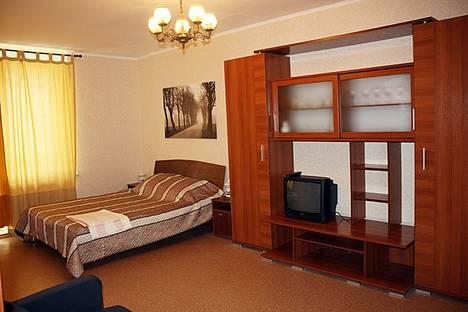 Сдается 1-комнатная квартира посуточнов Санкт-Петербурге, ул. Хошимина 13к1.