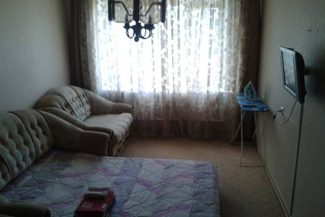 Сдается 2-комнатная квартира посуточнов Ноябрьске, ул. Советская, 81/2.