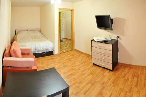 Сдается 1-комнатная квартира посуточнов Кирове, Чапаева 13.