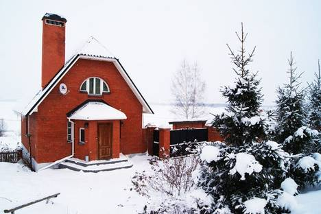Сдается коттедж посуточнов Зеленодольске, пос. Гаврилково ул. Дорожная, 109.