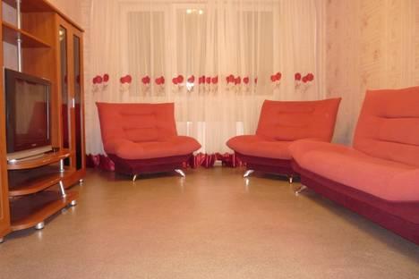 Сдается 2-комнатная квартира посуточно в Сургуте, Крылова, д.36.