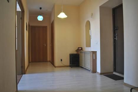 Сдается 2-комнатная квартира посуточнов Екатеринбурге, Красина 3а.