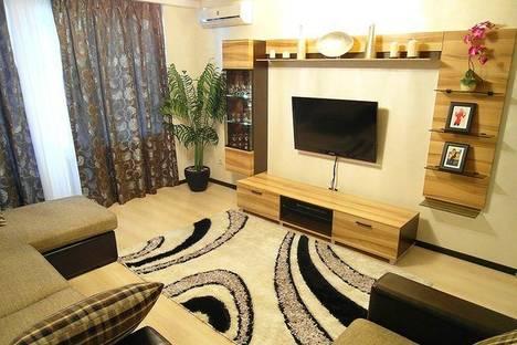 Сдается 2-комнатная квартира посуточнов Казани, Чистопольская  66.