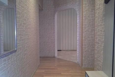 Сдается 2-комнатная квартира посуточно в Орле, ул. 1 посадская, д.15.