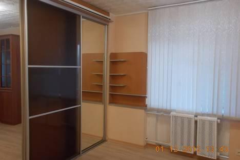 Сдается 1-комнатная квартира посуточно в Архангельске, ул. Суворова,14.