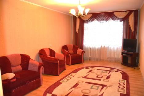 Сдается 3-комнатная квартира посуточно в Брянске, Ромашина, 32.