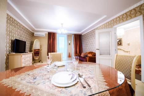 Сдается 2-комнатная квартира посуточнов Уфе, ул. Свердлова, 72/2.