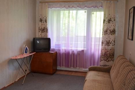 Сдается 1-комнатная квартира посуточно в Твери, проспект Победы, 7к3.