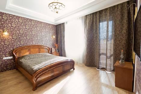 Сдается 2-комнатная квартира посуточно, Ленинский проспект, 114.