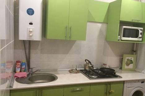 Сдается 2-комнатная квартира посуточно в Железноводске, ул.Мироненко 4.