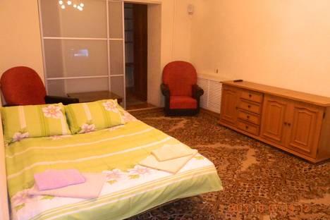 Сдается 3-комнатная квартира посуточно, ул.Гаврилова 62.