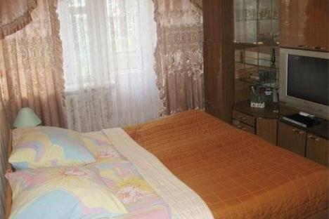 Сдается 2-комнатная квартира посуточнов Екатеринбурге, Ильича 43.