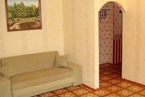 Сдается 1-комнатная квартира посуточнов Екатеринбурге, Смазчиков 3.