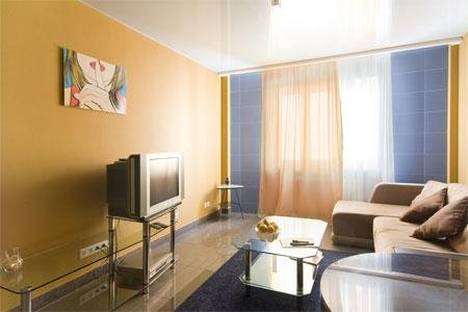 Сдается 3-комнатная квартира посуточнов Екатеринбурге, Фролова 31.