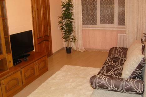Сдается 2-комнатная квартира посуточно в Мурманске, Полярные Зори  41/1.