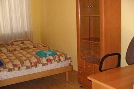 Сдается 1-комнатная квартира посуточнов Тюмени, республики 196.