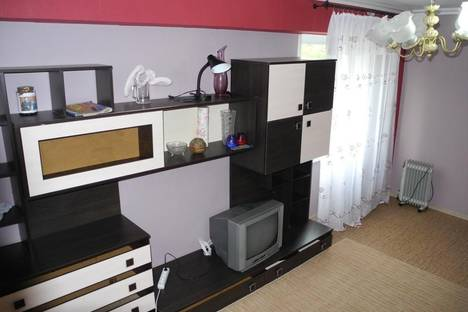 Сдается 2-комнатная квартира посуточнов Омске, ул. Труда, 7.