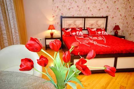 Сдается 1-комнатная квартира посуточнов Саратове, Луговая, д.100.