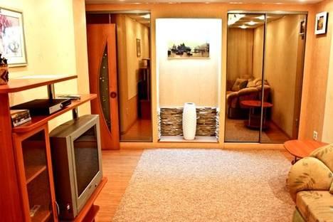 Сдается 2-комнатная квартира посуточнов Екатеринбурге, Уральских рабочих 16.