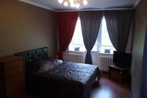 Сдается 1-комнатная квартира посуточнов Новокузнецке, Бардина,10.