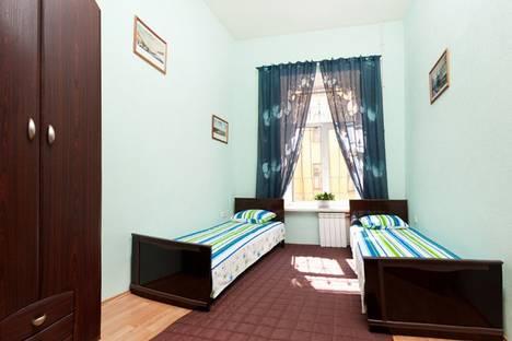 Сдается 3-комнатная квартира посуточнов Санкт-Петербурге, М.Конюшенная 10.