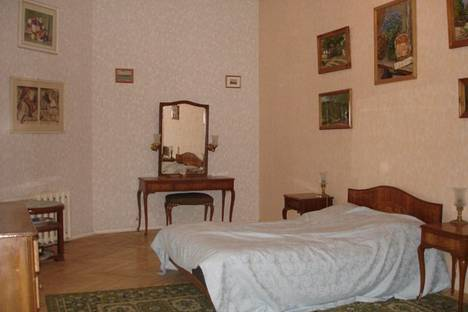 Сдается 2-комнатная квартира посуточнов Санкт-Петербурге, Б. Морская 47.