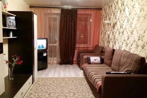 Сдается 3-комнатная квартира посуточно в Кургане, ул. Савельева ,42.
