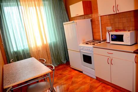 Сдается 2-комнатная квартира посуточнов Волгограде, Землячки 56.
