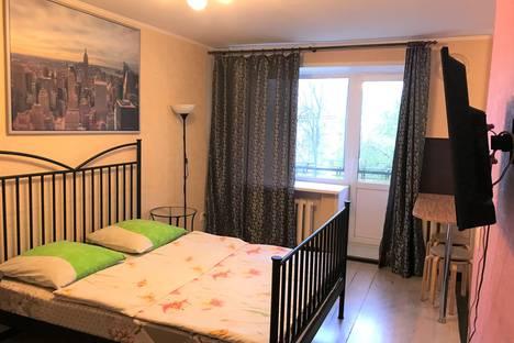 Сдается 1-комнатная квартира посуточно в Ярославле, ул. Угличская д. 62 корпус 2.