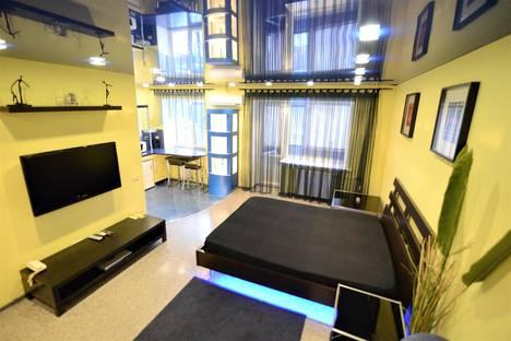 Сдается 1-комнатная квартира посуточно, Кольцовская 30-А.