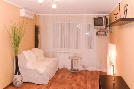 Сдается 1-комнатная квартира посуточнов Воронеже, Никитинская д.21.