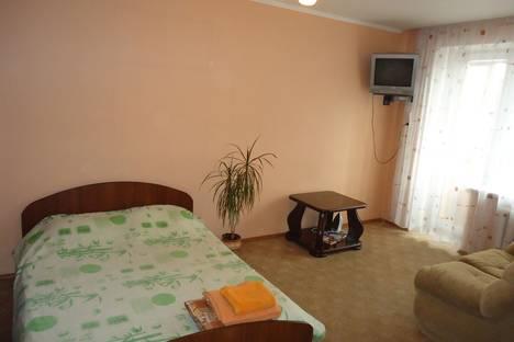 Сдается 1-комнатная квартира посуточнов Екатеринбурге, 8 марта 142.