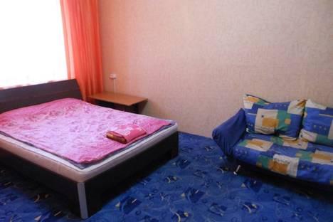 Сдается 1-комнатная квартира посуточно в Братске, Погодаева площадь, д. 12.