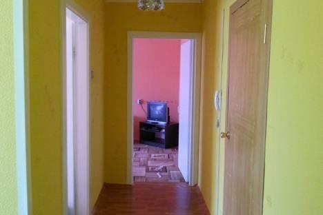 Сдается 2-комнатная квартира посуточно в Братске, Баркова улица, д. 33.