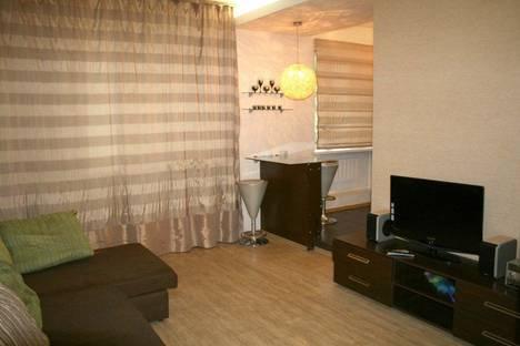 Сдается 1-комнатная квартира посуточнов Братске, Наймушина улица, д. 15.