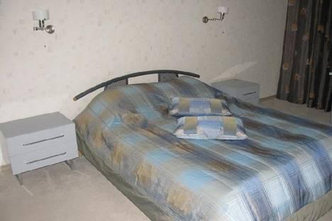 Сдается 1-комнатная квартира посуточно, Наймушина улица, д. 20.